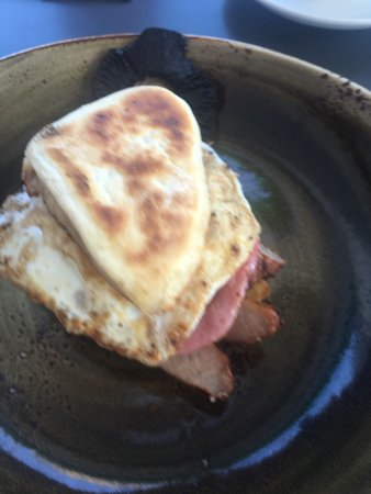 Banbridge, UK: New breakfast and new main menu. Also the breakfast special and the main breakfast both served w