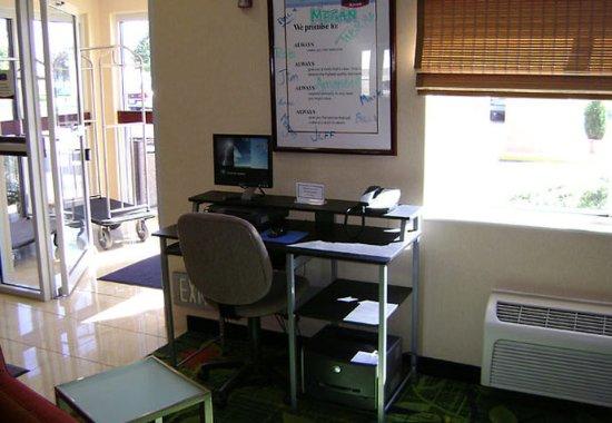 Mankato, MN: Guest Computer