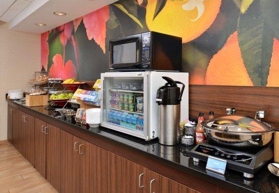 Kenner, LA: Breakfast Lounge