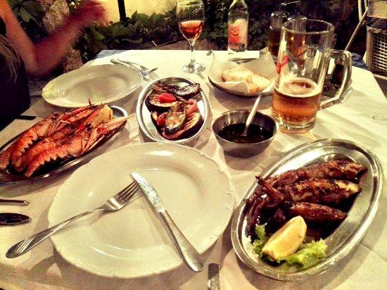 Splitska, Kroatien: Restoran Vala