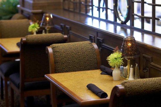 Hilton Garden Inn Champaign/ Urbana: Restaurant