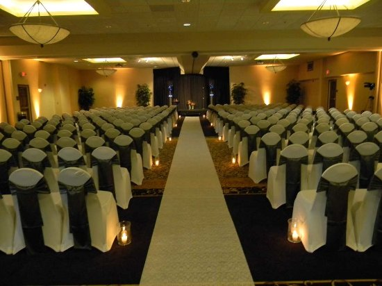 Hilton Garden Inn Champaign/ Urbana: Weddings
