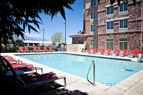 Hilton garden inn st george updated 2018 hotel reviews for Affordable pools st george utah