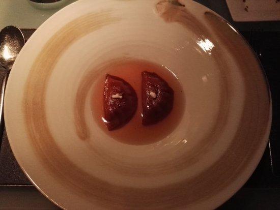 Glass Hostaria: Ravioli di verza fermentata e ricotta