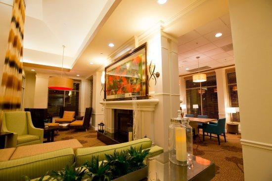 Hilton Garden Inn, Oxnard/Camarillo : Lobby
