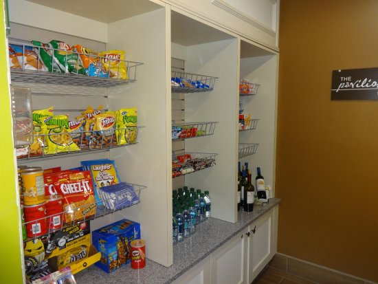 Sharonville, OH: Pavilion Pantry