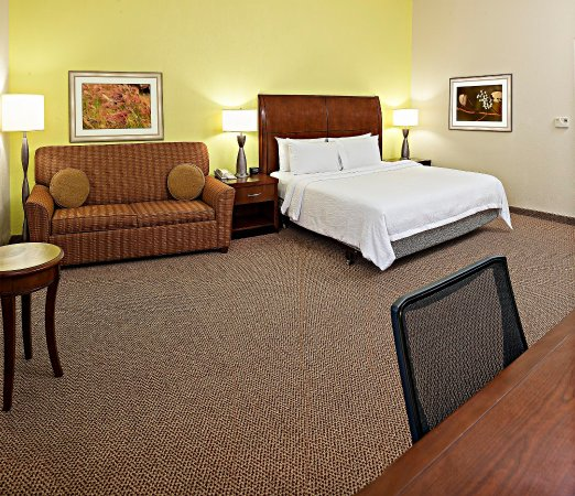 Hilton Garden Inn Allentown West: King Guestroom