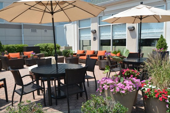 Hilton Garden Inn Allentown West: Patio