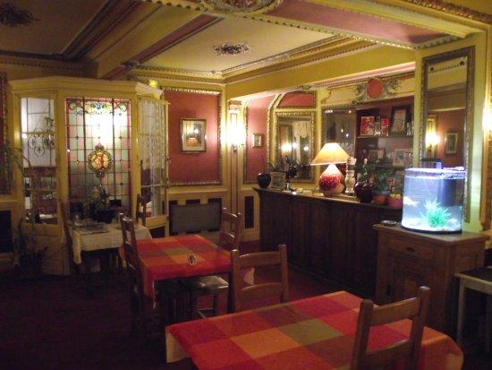 Pamiers, Francia: salle petit déjeuner