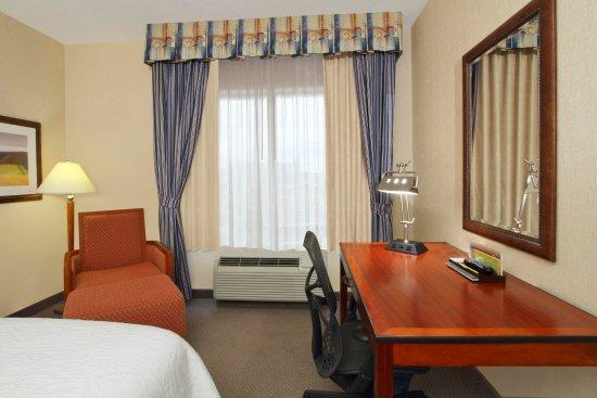 哥倫布大學區希爾頓花園酒店照片