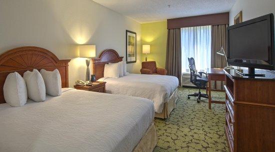 Auburn, AL: Queen Standard Room