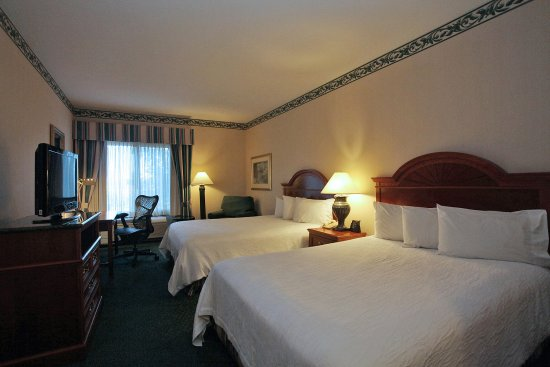 Chesterton, IN: Spacious Double guest room