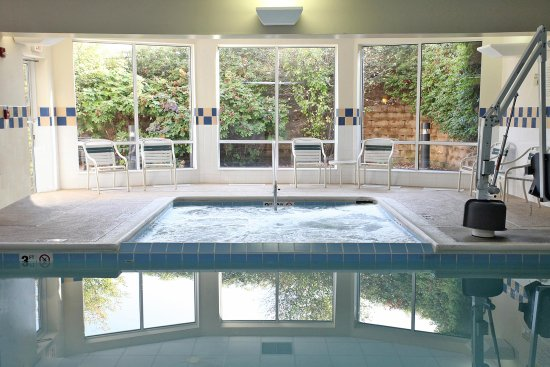 Chesterton, IN: Indoor Pool