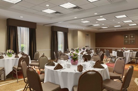 Hilton Garden Inn Islip/MacArthur Airport : Garden Room - Banquet Set-Up