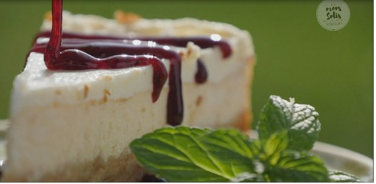 Duga Resa, Croatia: This is what a cheesecake looks like when our chef Rene makes one for you.