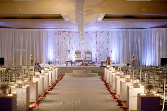 Hilton Garden Inn South Bend: Wedding Ceremony