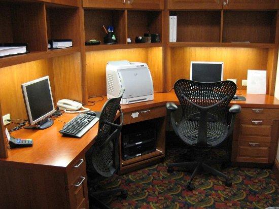 Yakima, WA: Business Center
