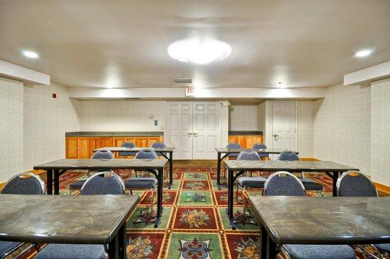 Midvale, UT: Classroom Style