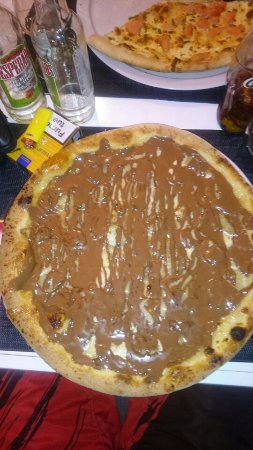 Saint-Clement-de-Riviere, ฝรั่งเศส: pizza nutella banane