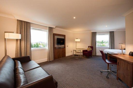 Bellshill, UK: Junior Suite Living Area