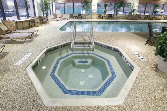 Hampton Inn Boston/Marlborough: Indoor Whirlpool