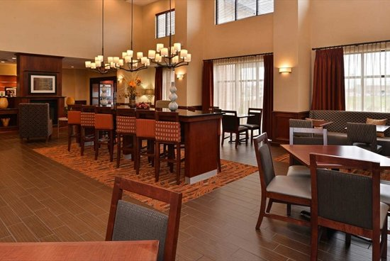 Hopkinsville, KY: Lobby Area