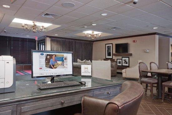 Peabody, ماساتشوستس: Business Center