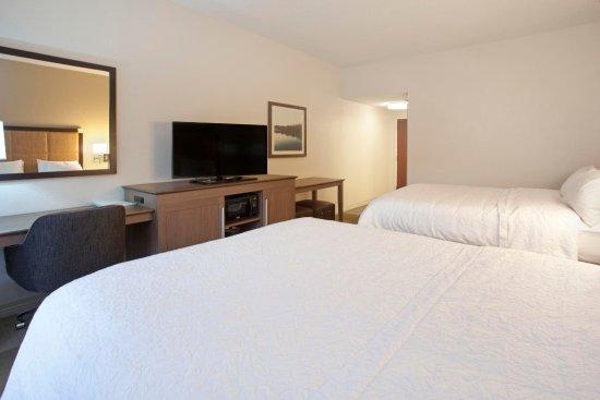 Smyrna, TN: Double Bed