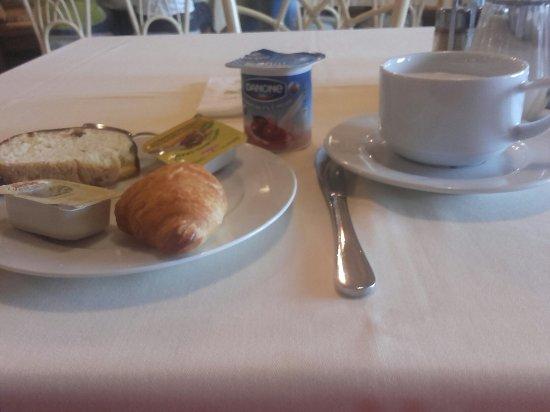 Sopron, Ungern: Hôtel  restaurant exceptionnel quantité qualité service tout est parfait et à mini prix