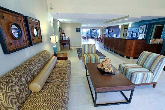 Hampton Inn Morehead City: Lobby