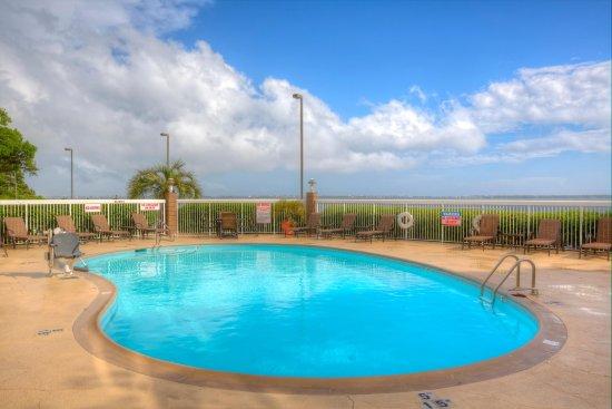 Morehead City, Carolina do Norte: Outdoor Pool