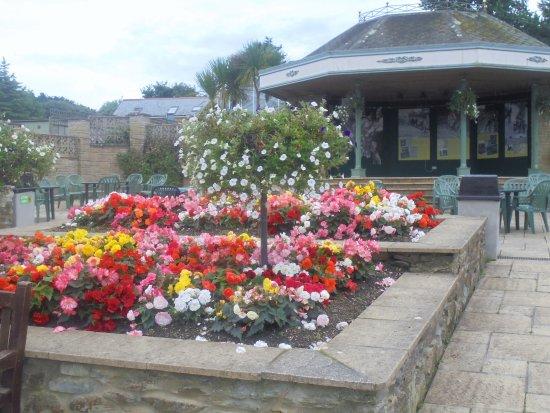 Helston, UK: Floral display
