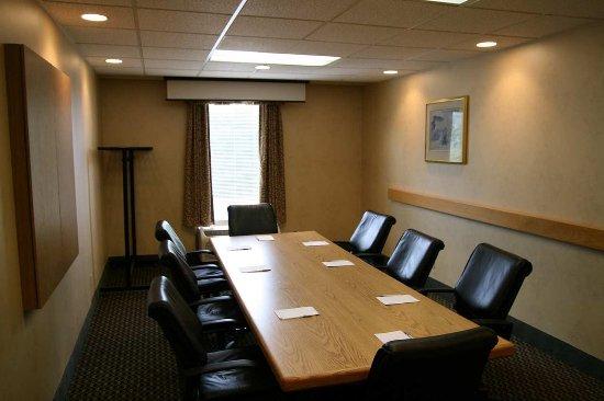 โบว์, นิวแฮมป์เชียร์: Meeting Room