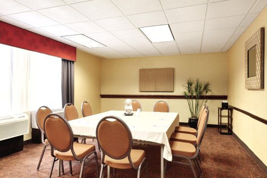 Meriden, CT: Meeting Room Setup