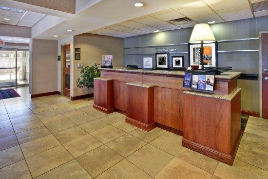 Rutland, VT: Front Desk