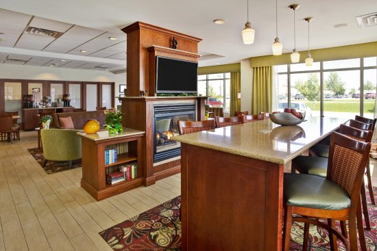 Rutland, VT: Lobby Seating