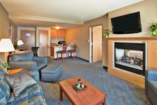 Rutland, VT: Suite Living Room