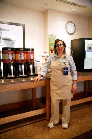 Carol Stream, IL: Breakfast Hostess