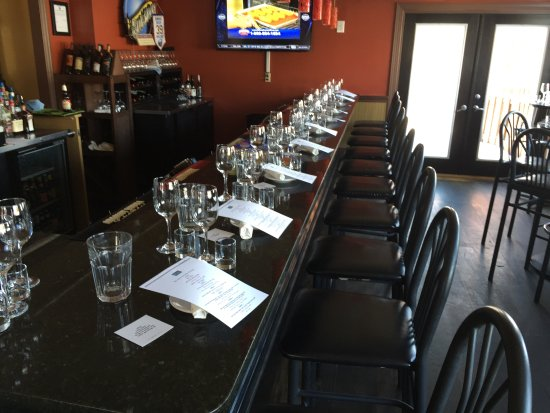 Blue Lantern Lounge: Blue Bar - set for a Wine Dinner