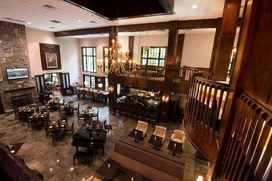 Fairfield, NJ: Lobby and Public Areas