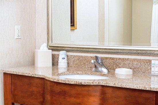 ลิตเทิลตัน, นิวแฮมป์เชียร์: Guest Room Bathroom