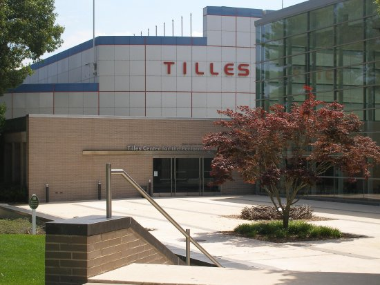 Garden City, NY: Tilles Center