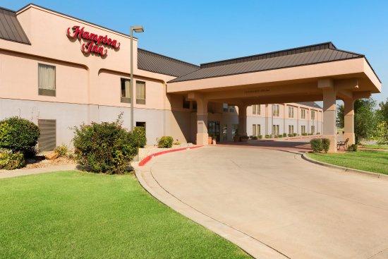 Clovis, NM: Hotel Exterior Entrance