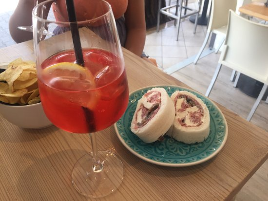 wine bar in cantina drink food jesolo restaurant bewertungen fotos tripadvisor