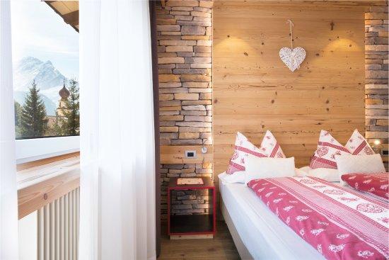 Hotel Azola: Camera New Design