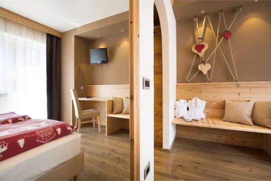 Hotel Azola: Particolare di camera new Design