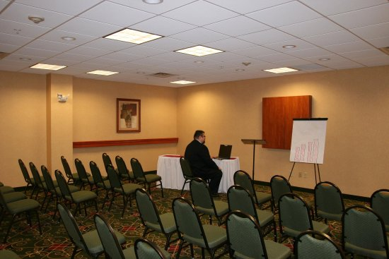Belle Vernon, PA: Meeting Room Seating
