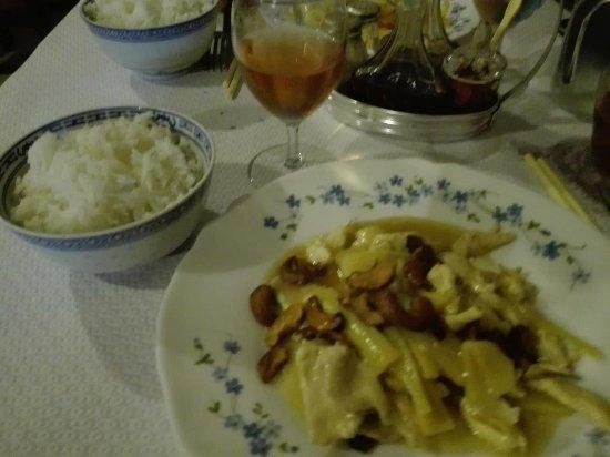 Aquitaine, Fransa: Poulet aux noix de cajou