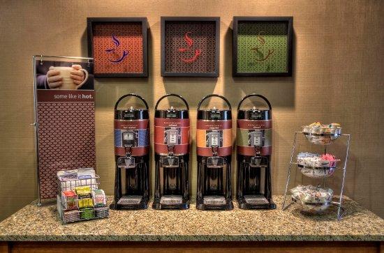 Jonesville, Kuzey Carolina: Coffee Station