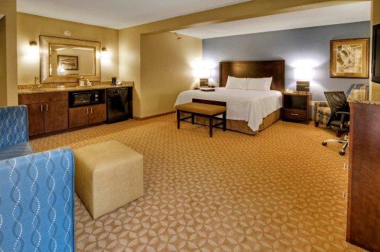 Jonesville, Kuzey Carolina: King Suite Guest Room